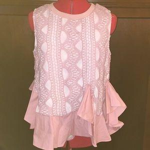 Adorable pretty pink top, lace detail, size M